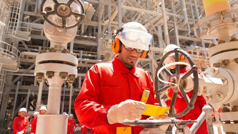 pelatihan tentang ADVANCED PRODUCTION OPERATIONS FOR OIL & GAS